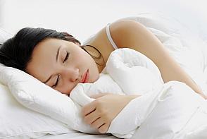 Vorbesti in somn? Afla care sunt explicatiile si solutiile