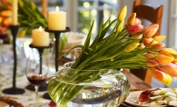 6 moduri inedite si spectaculoase de a decora casa cu flori proaspete - FOTO