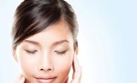 Descopera masajul facial: Cum sa-l faci corect si ce beneficii are asupra pielii - VIDEO