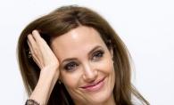 Are picioarele unei anorexice! Cum a socat Angelina Jolie la ultima aparitie publica - FOTO