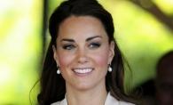 Accident vestimentar de proportii: Kate Middleton si-a aratat fundul fara ca sa vrea - FOTO