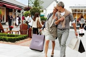 Shopping tips de vacanta: cum sa faci cumparaturi inteligente cand calatoresti - FOTO
