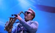 Saxofonistul trupei SunStroke Project s-a insurat! Vezi cine este aleasa inimii lui - FOTO