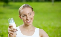 Beneficiile uimitoare ale laptelui de capra pentru frumusetea ta