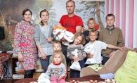 Peste 100 de bebelusi din familii social-vulnerabile, rasfatati de MEDPARK! Ce au primit in dar - FOTO