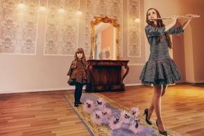 Rochii stilate pentru femei si fetite de la COCSINELLE - FOTO
