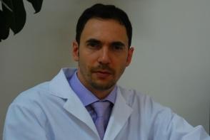Laserul te ajuta sa scapi de durerile de spate! Neurochirurgul Dan Lisii, despre rolul acestuia in tratamentul chirurgical