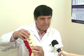 Durerile de spate cauzate de sedentarism: Medicul vertebrolog Anatolie Tagadiuc ne spune cum le evitam