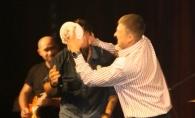 I-a aruncat cu tort in fata! Vezi cum a reactionat Andrei Glavan la acest gest neasteptat - VIDEO