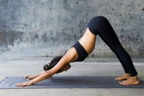 Exercitii yoga pentru scaderea pulsului! Iata cum sa ai batai ale inimii in limitele normale