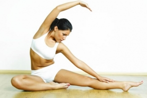 Exercitii pe care sa le faci pentru mai multa elasticitate! Iata cum poti deveni mai flexibila - VIDEO