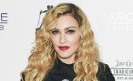 Madonna, rebela si la 18 ani! Primele fotografii picante din timpul facultatii - FOTO