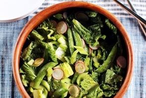 Salata crocanta cu dressing de marar