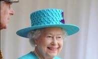 Regina Elisabeta-  in haine cit mai colorate. Vezi cum explica regina acest fapt