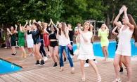 Bauturi racoritoare, muzica vesela si dansuri incediare, la petrecerea Radler Summer Vibe. Iata cum a fost evenimentul - FOTO