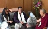 Iulia Vantur si Salman Khan, primiti ca un cuplu de Dalai Lama! Iata cum au fost surprinsi - VIDEO