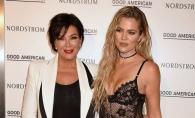 Cine e mai stilata, mama sau fiica? Femeile Kardashian se intrec in tinute sexy - FOTO