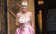 Elena Udrea si iubitul sau tinerel, aparitie senzationala la o nunta. S-au afisat in public pentru prima data - FOTO
