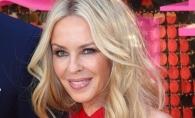 Kylie Minogue arata superb la 48 de ani! Foloseste o crema de 4 lire dar iata care este secretul ei de frumusete - FOTO