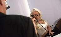 A devenit multimilionara peste noapte! De ce a rasplatit-o seful italian pe secretara cu jumatate de avere - FOTO