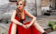Alexandra Stan, considerata prea sexy de arabi! Vezi  la ce masura drastica a recurs artista