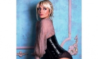 Natalia Gordienko, extrem de senzuala in cea mai recenta sedinta foto. Artista apare in chilotei din dantela si body sexy - FOTO