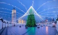 Cel mai fantastic brad din acest an are 50.000 de becuri! Iata pomul de Craciun, fara rival - VIDEO