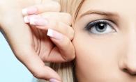 Ai cearcane si vrei sa scapi de aspectul obosit? 5 modalitati prin care le poti masca - FOTO