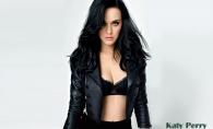 Katy Perry, schimbare oribila de look. Vezi ce schimbare radicala si-a facut vedeta - FOTO
