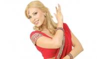 Iulia Vantur, in sari, cu abdomenul la vedere. Arata ca o adevarata indianca - FOTO