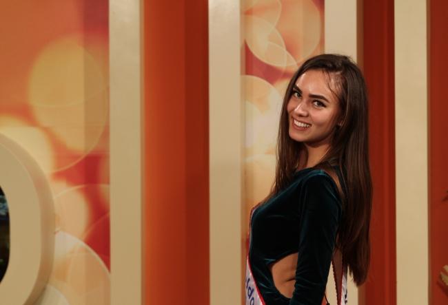 Diana Corcoja a terminat facultatea cu cea mai inalta medie, iar dupa a decis sa devina Miss - VIDEO