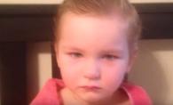 Si-a gasit fiica tunsa fara nicio noima si a incercat sa inteleaga ce s-a intamplat. Raspunsul micutei este genial - VIDEO