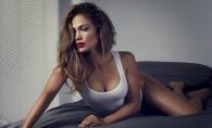 Jennifer Lopez, cu un decolteu ametitor! Vezi cat de sexy a aparut diva la un eveniment - FOTO