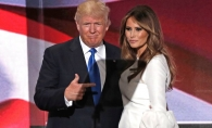 Gestul Melaniei Trump a facut inconjurul lumii! Iata cum l-a salvat pe Donald Trump de la o gafa enorma - VIDEO