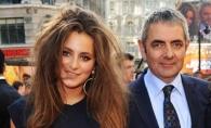 Fiica lui Mr. Bean este model, dar trebuie sa o vezi pe mama ei. Cum arata frumoasa sotie a lui Rowan Atkinson - FOTO