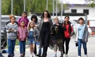 Aparitie controversata a Angelinei Jolie. Se spune ca si-ar fi marit familia - FOTO
