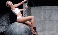 Imaginea fetei de pe bila o urmareste mereu. Miley Cirus incearca sa-si spele imaginea din trecut - FOTO