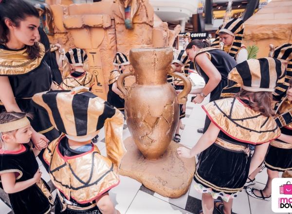 """A fost dat startul expozitiei interactive """"Micii Faraoni"""" la Shopping MallDova. Copiii au descifrat misterele Egiptului Antic"""
