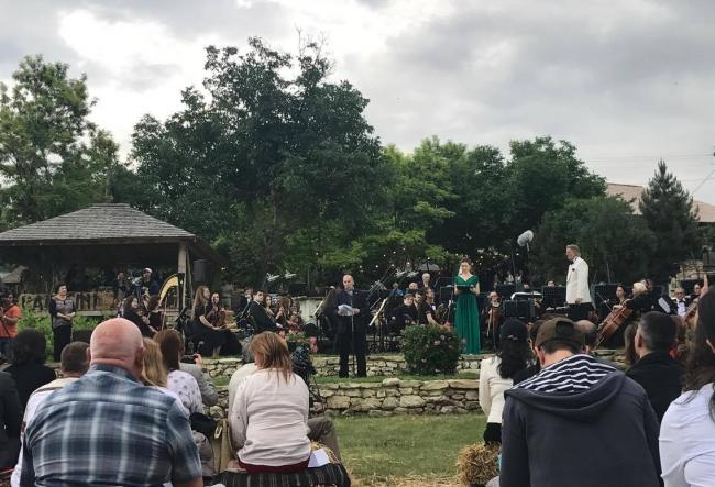 """Azi la Orheiul Vechi are loc Festivalul de muzica clasica in aer liber """"Descopera"""" - VIDEO"""