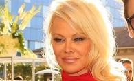 Pamela Anderson, insotita de fiul sau la un eveniment caritabil. Cat de bine arata tanarul de 21 de ani - FOTO