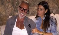 Gianluca Vacchi si-a lasat partenera sa-i incerce bijuteria! Vezi in ce ipostaze au fost surprinsi - FOTO