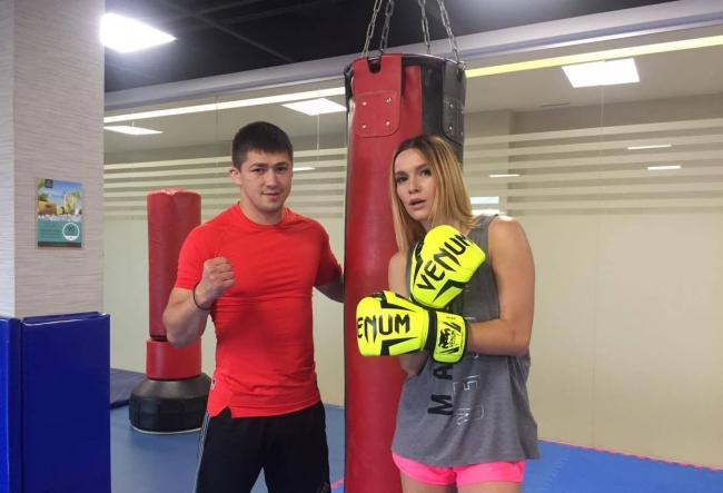 Olia Tira s-a apucat de box! Pe cine vrea sa bata interpreta - VIDEO