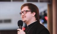 5 sfaturi pentru tinerii casatoriti de la preotul Maxim Melinti. Ce sa faci ca sa ai o casnicie fericita