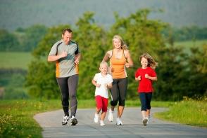 Exercitiile fizice in familie. Iata cateva idei bune pentru a practica sportul impreuna cu cei dragi - FOTO