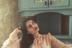 Nathalie Bescorovalnii, tanara care a adus feminitate si culori pastelate in lumea modei de la noi! Afla care este reteta succesului ei - FOTO