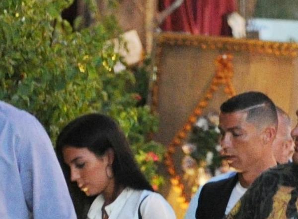 Cristiano Ronaldo a tras lozul castigator! Are o iubita superba! La ultima lor aparitie, ea a fost vedeta - FOTO