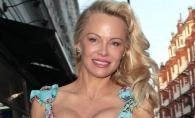Pamela Anderson a gafat din nou! Vedeta a fost surprinsa in ipostaze care nu-i fac cinste - FOTO