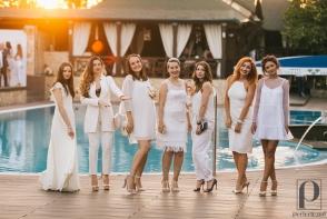 O petrecere de nota 10, marca Perfecte.md. Dansuri incendiare, cocktailuri racoritoare si tinute albe la Perfect White Party - FOTO