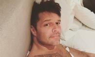 Ricky Martin, surprins intr-o ipostaza picanta. Imaginea postata de Penelope Cruz a incendiat mediul virtual - FOTO