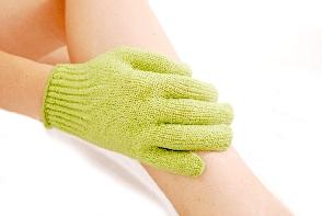 Nu te poti bucura de efectul epilarii din cauza firelor de par crescute sub piele? Iata cum sa previi cresterea lor - FOTO